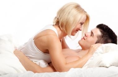 Мужчины и женщины по-разному используют секс