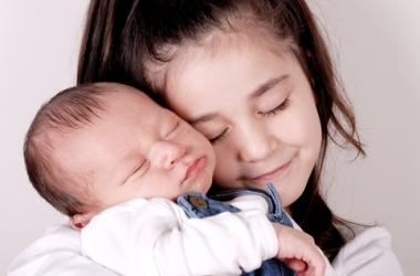 Второй ребенок: как избежать ревности?