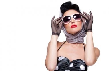 Стильный аксессуар: какой платок тебе к лицу?