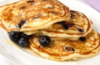 3 варианта сытного завтрака для ребенка