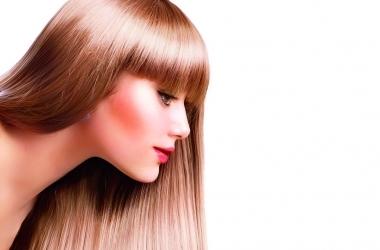 Почему выпадают волосы и как за них бороться