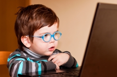 Ребенок и компьютер: береги здоровье!