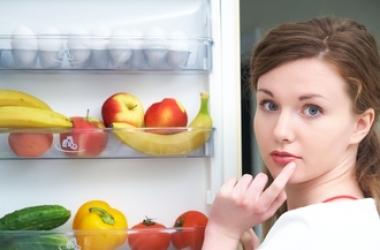 Самые вредные перекусы: чем нельзя заедать голод