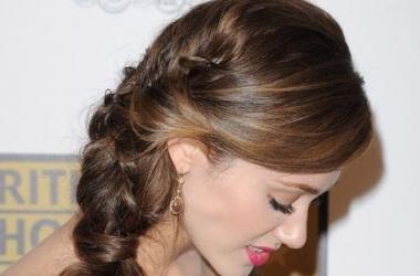 Модная коса: варианты прически от звезд (ФОТО)