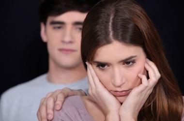 Как мужчины переживают расставание с любимой: откровенные ответы