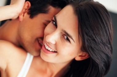 Беременность и секс: 4 самые удобные позы