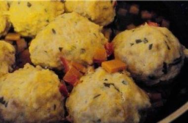 Диетический завтрак: тефтели с тыквой (рецепт)