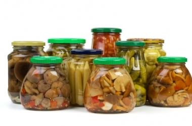 Консервация на зиму: какие специи и пряности добавлять к овощам