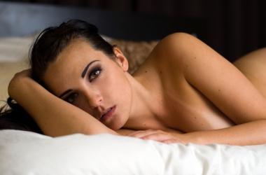 Ученые считают, что женщинам лучше без секса