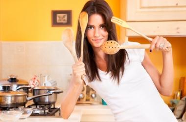 Стоит ли статновиться  домохозяйкой: советует психолог