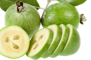 Как повысить иммунитет c помощью фейхоа и лимона