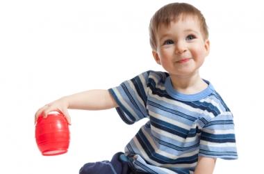 Игры для самых маленьких: развиваем логику ребенка