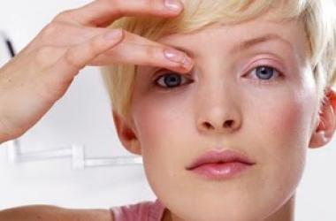 5 правил ухода за кожей вокруг глаз