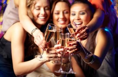 Новогодний корпоратив: как вести себя, чтобы потом не было стыдно