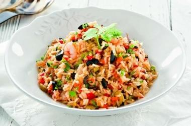Рецепт: жареный рис с оливками