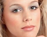 Как убрать морщины на лбу: эффективный разглаживающий массаж