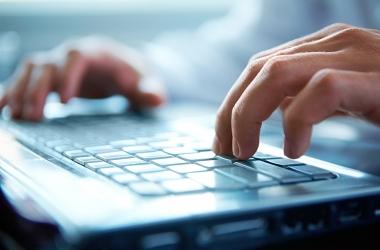 Чем опасна дружба в социальных сетях: мнение психолога