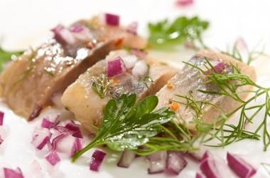 Блюда на Святвечер: сельдь в маринаде. Рецепт