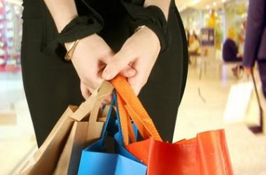 Новогодний шопинг: как сэкономить на покупках
