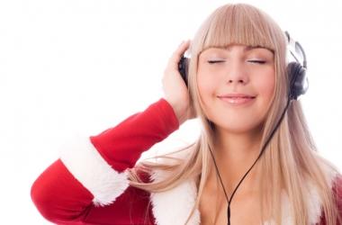 Топ-14 лучших новогодних песен: добавь их в свой плейлист