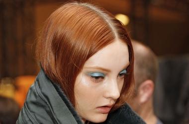 Новогодний макияж с голубыми тенями для рыженьких  (фото)