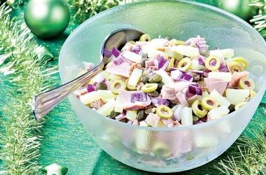 Новогодний рецепт: салат с тунцом