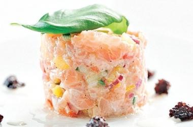Новогодний рецепт: тартар из семги
