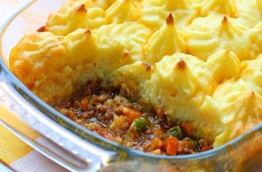 Рецепт для вкусного ужина: картофельная запеканка