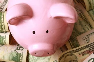 Как научить детей правильному отношению к деньгам