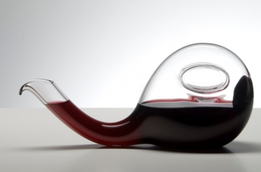 Декантер для вина: 3 причины  иметь его в доме  (фото)