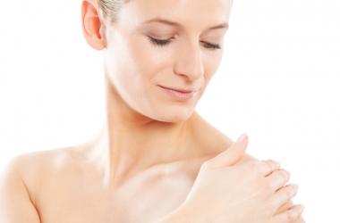 Новий тренд Dove Pure&Sensitive: дбайливий догляд за чутливою шкірою