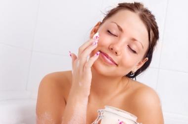 Крем от морщин для чувствительной кожи: выбирай правильно