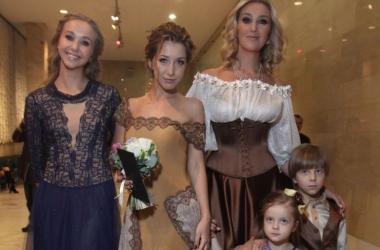 Viva! определила самую красивую маму Украины (фото)