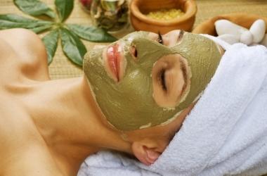 Ночные маски для лица: самые действенные рецепты