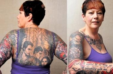 51-летняя женщина вытатуировала на спине постер 'Сумерек' (фото)