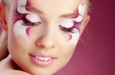 Весенний макияж: выбирай с элементами боди-арта (фото)