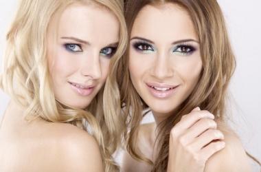 Цветные тени для глаз: 5 идей, как носить яркий макияж (фото)