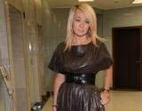 Худышка Яна Рудковская показала фигуру в прозрачном платьице