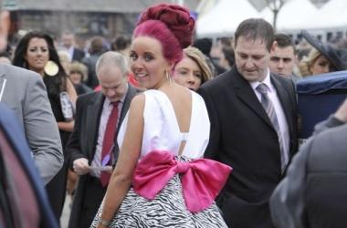 День леди в Англии: невероятные наряды и треш-развлечения (фото)