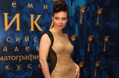 Стиль от звезды: актриса Екатерина Гусева в откровенном платье (фото)