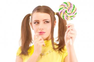 Прически на длинные волосы: 5 идей с хвостами и хвостиками (фото)