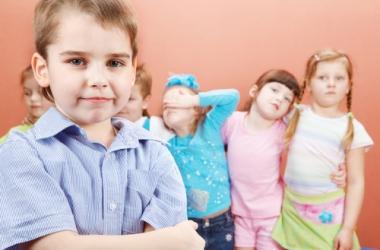 Детские ссоры: 7 правил поведения для родителей