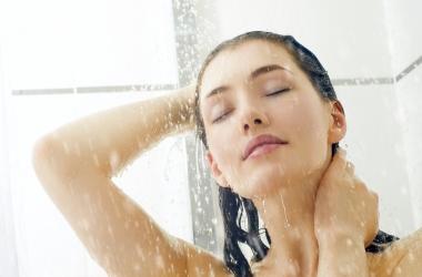 Душ вместо массажера: куда лить воду