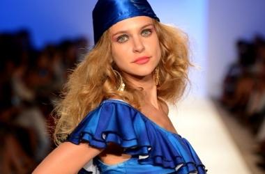 Пляжная мода 2013: 5 необходимых деталей гардероба (фото)