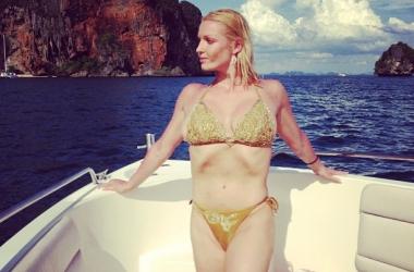 Откровенные фото Волочковой в бикини попали в сеть (фото)