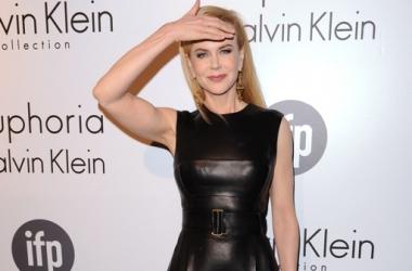 Стиль звезды: Николь Кидман в эротичном кожаном платье (фото)