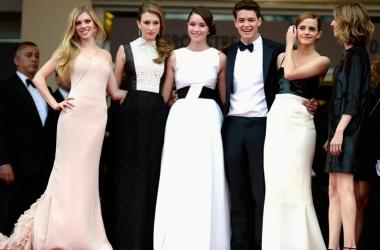 Канны-2013: ультрамодный тренд - почти свадебное платье (фото)