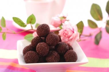 Рецепт дня: шоколадные трюфели с ромом