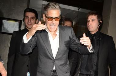 Усатого красавца Джорджа Клуни застукали пьяным (фото)