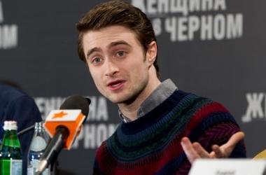 Звезда 'Гарри Поттера' Дэниэл Рэдклифф удивил новой стрижкой (фото)